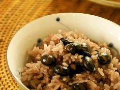 ほっこり♬炒り黒豆ご飯の画像