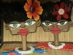 esculturas de vassouras feitas por Bianca Branco em Ateliê de Artes 587