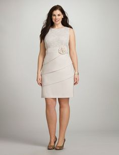 Finding a plus size dress that flatters your figure, feels great & will be worn for years to come is easy at dressbarn. Whether you're browsing for a special occasion or a dress you can wear year round, shop the latest in plus size dresses today! The Dress, Dress Skirt, Bodycon Dress, Dress Lace, Flower Dresses, Cute Dresses, Curvy Fashion, Plus Fashion, Evening Dresses