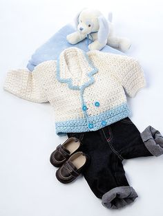 The star stitch is a unique crochet stitch that is a two row pattern repeat. Row 1 is the star base row where the bottom half of the star is made, and in row Crochet Bebe, Unique Crochet, Crochet For Boys, Knit Crochet, Crochet Stitch, Crochet Baby Sweaters, Crochet Baby Clothes, Star Stitch, Toddler Boy Outfits