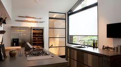 In een stijlvolle woning in Numansdorp hebben wij dubbele stalen binnendeuren geplaatst. In dit project ging het zowel om het plaatsen van een dubbele en een enkele taatsdeur.