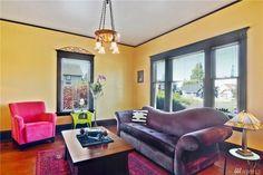 Everett craftsman 2202 Rockefeller. Like the decor in living room