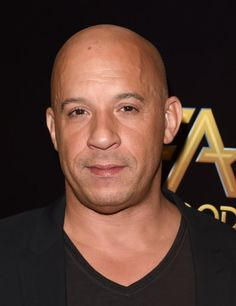 Vin Diesel Twin, Pretty Men, Gorgeous Men, Vin Diesel Workout, Dom And Letty, Bald With Beard, Star Wars, Hottest Male Celebrities, Bruce Willis