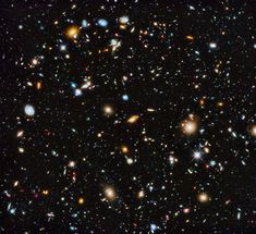Ten thousand galaxies evolving in the early life of the universe, the most detailed ever seen by the Hubble Ultra Deep Field project. | The 28 Most Breathtaking Science Photos From 2014