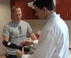 Video: A Marine With A Prosthetic Hand Controlled By His Own Muscles | Popular Science