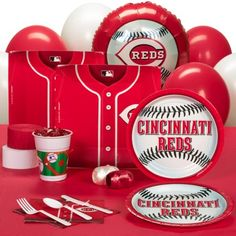 Cincinnati Reds Baseball Party Pack for 18 Guests