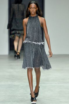 Calvin Klein Collection Spring 2014 RTW - Review - Fashion Week - Runway, Fashion Shows and Collections - Vogue