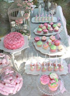 Mesa Dulce Gemma y Raúl Candy Table, Candy Buffet, Bar Deco, Sweet Corner, Gateaux Cake, Festa Party, Tea Party Birthday, Dessert Buffet, High Tea