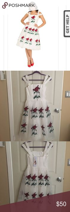 Beautiful Tatyana dress NEVER worn! Gorgeous! Just never had the chance to wear it and need to downsize on my closet!! Great for day events! tatyana  Dresses
