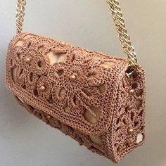 Discover thousands of images about Women Crochet Shoulder Bag Macrame Cordon Beige Color Bags&Purses Diy Crochet Bag, Crotchet Bags, Crochet Mask, Crochet Pouch, Crochet Shell Stitch, Bead Crochet, Crochet Handbags, Crochet Purses, Crochet Shoulder Bags