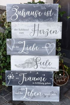 Meine Holz-/Metallschilder fertige ich alle von Hand an. Die Schilder im Shop si… – OZ Verlag I make all of my wood / metal signs by hand. The signs in the shop are … – OZ Verlag – Shabby Look, Shabby Chic Style, Diy Pallet Furniture, Metal Signs, Hand Lettering, Diy And Crafts, Diys, Crafty, Handmade