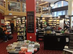 Waterstones in Amsterdam, Noord-Holland