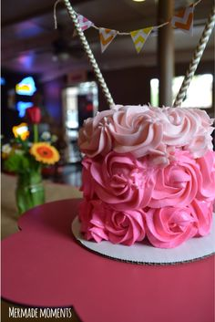 pink-ombre-rose-cake