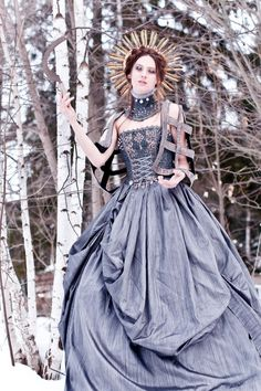 Elizabethan-Tudor gown