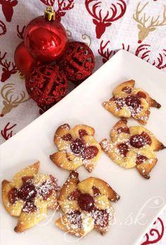 Vianočné mlyny – Recepis.sk Ale, Waffles, Muffin, Breakfast, Food, Basket, Morning Coffee, Ale Beer, Essen