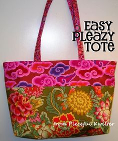 pieceful kwilter: Easy Pleazy Tote Tutorial