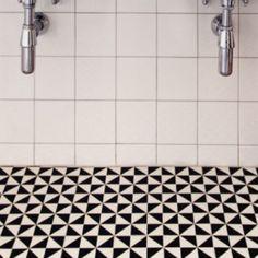 Kärlek vid första ögonkastet! Detta golvklinkerär från Byggfabriken. Jag klurar på billigare alternativ.