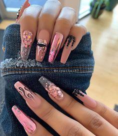 Elegant Rhinestones Coffin Nails Designs - Page 30 of 38 - ToMyFashion Edgy Nails, Aycrlic Nails, Stylish Nails, Swag Nails, Manicure, Grunge Nails, New Year's Nails, Trendy Nail Art, Pink Glitter Nails
