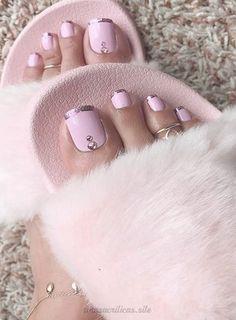 Pin on Designs nail art Pin on Designs nail art Gel Toe Nails, Glow Nails, Feet Nails, Toe Nail Art, Pretty Toe Nails, Cute Toe Nails, Pretty Toes, Gorgeous Nails, Cute Toenail Designs
