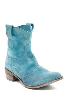 Vitis Boot by Bed|Stu on @HauteLook