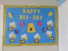 My birthday board tage kalender, kita, büro bulletin boards, geburtstag pin Birthday Display, Birthday Wall, Summer Birthday, Diy Birthday, Happy Birthday, Birthday Parties, Infant Classroom, Classroom Themes, School Classroom