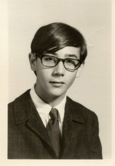 A young Paul Reubens (Pee Wee Herman) Pee Wee's Playhouse, Paul Reubens, Pee Wee Herman, Kool Kids, Young Actors, Tv Guide, Comedy Movies, Famous Faces, Look Fashion