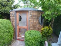 Backyard sauna! Want. Totally in the plans next year!!