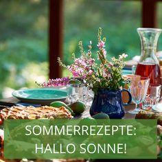 Endlich Sommer! Sonne auf der Haut, Wind im Haar – wunderbar! An einem perfekten Sommertag wird natürlich auch unter blauem Himmel gespeist. Wir haben köstliche Sommerrezepte für leichte Gerichte und kühlende Getränke für Sie zusammengestellt, die Sie schnell und mit frischen Zutaten aus dem Garten selbst zubereiten können. Auf geht's! Table Decorations, Home Decor, Heavens, Sun, Easy Meals, Lawn And Garden, Decoration Home, Room Decor, Home Interior Design