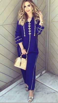 Jalaba Abaya Fashion, Muslim Fashion, Fashion Outfits, Morrocan Kaftan, Morrocan Fashion, Arabic Dress, Modele Hijab, Pakistani Formal Dresses, Mode Abaya