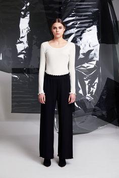 Photographer: Paavo Lehtonen MUAH: Piia Hiltunen Stylist: Shadi Razavi Model: Christina Shevelkova Red Moon, Trousers, Pants, Feminine, Chic, How To Wear, Helsinki, Shirts, Finland