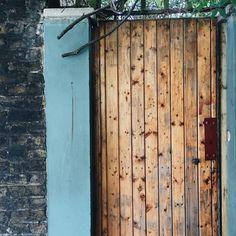 Islington, London, UK // @lightruststudio
