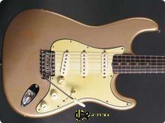 1963 Fender Stratocaster - Shoreline Gold