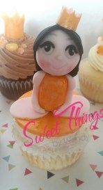 Sweet doll cupcake topper - sweetthingsbywendy.ca Cupcake Toppers, Cupcake Cakes, Pudding, Dolls, Sweet, Desserts, Food, Baby Dolls, Candy
