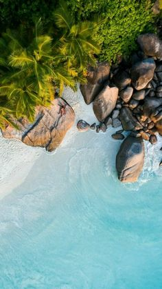 Landscape Drone Photography : Landscape photography beach Is they fucking over there? Strand Wallpaper, Beach Wallpaper, Nature Wallpaper, Cool Wallpaper, Nice Wallpapers, Travel Wallpaper, Nice Backgrounds, Paradise Wallpaper, Huawei Wallpapers