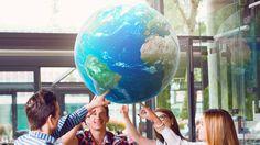 Jovem conta como conseguiu 7 bolsas de estudo no exterior