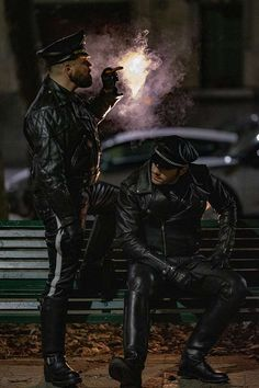 This gay fetish photography contest shows kink can be beautiful Leather Fashion, Leather Men, Leather Pants, Black Leather, Bike Leathers, Cigar Men, Tom Of Finland, Photo Competition, Photography Contests