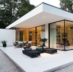 New Ideas Exterior Design House Bungalows Floor Plans Glass House Design, Modern House Design, Modern Glass House, Modern Architecture Design, Interior Architecture, Interior Modern, Interior Designing, Sustainable Architecture, Residential Architecture