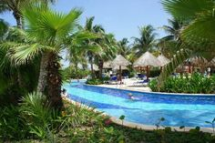 Lazy river pools | Grand Bahia Principe Coba Photo: Lazy river pools
