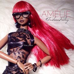 AMÉLIE for #FashionFriday wearing #ELIDA