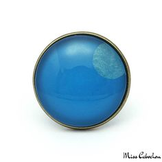 The jewelry of the day! More info at misscabochon.com #mc #jewelry #jewels #jewel #fashion #trendy #accessories #love #beautiful #style #fashionista #accessory #instajewelry #stylish #cute #jewelrygram #fashionjewelry #amazing #nice #ring #ringaddict #bague #blueeyes