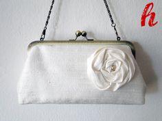 """Brauttaschen - Brauttasche """"Love"""" mit Innentasche - ein Designerstück von habseligkeiten bei DaWanda"""
