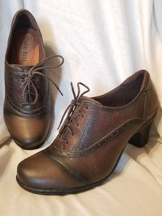 4d9f23bd650 Cobb Hill booties 9.5 M Shayla oxford pumps brown leather Brogue lace up  shootie  CobbHill