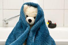Easy Amigurumi Pattern, Crochet Teddy Bear Pattern, Knitted Teddy Bear, Easter Crochet Patterns, Crochet Bear, Teddy Bear Gifts, Teddy Bear Clothes, Teddy Bear Toys, Cute Teddy Bears