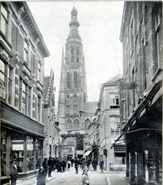 Breda - Karrestraat -1925 Old Pictures, Gothic Fashion, Empire State Building, Netherlands, Dutch, Places To Visit, Street View, Holland, Memories