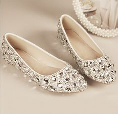 Brand Designer Women Flats Shoes Pointed Toe Casual Rhinestone Wedding Shoes Silver Red Bridesmaid Party Shoes sapato feminino