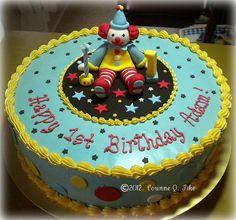 Clown birthday cake by pike.corinne, via Flickr