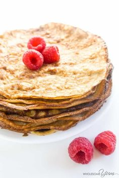 4-Ingredient Low Carb Crepes (Gluten-free) - This gluten-free, low carb crepes recipe is like a better version of cream cheese pancakes, made with mascarpone. Healthy & easy, with just 4 ingredients.