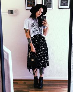 I did big girl adventures out of the house this week I am proud of myself 🖤✨ I don't get the Sunday back to work blues any more but I do… Indie Outfits, Edgy Outfits, Pretty Outfits, Fall Outfits, Cute Outfits, Fashion Outfits, Grunge Outfits, Hipster Grunge, Mode Grunge