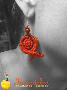 #Macramé Aretes Rojos en Espiral
