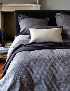 Teasels Navy Cotton Bedding Set - The Perfect Bedding